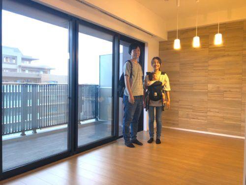 横浜市の新築マンショにガラスフロアコーティング